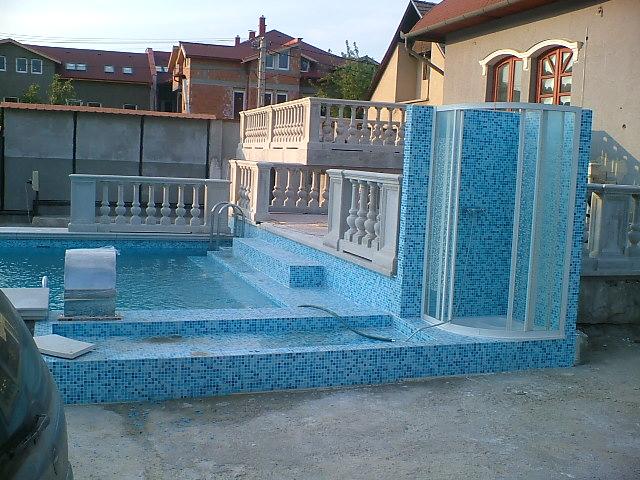Atlantisz73 - Uszodatechnika, Medence kivitelezés, medence fedés, kert kivitelezés, térburkolat, polipropilén medence, fóliás medence, üvegmozaikos medence, jakuzzi, vízgépészet Budapest Pest megye