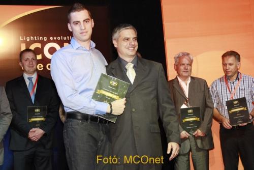 Arany fokozatú partner minősítési díjat kapott a HALUXVILL Kft. az ICON Electric Kft., az ország egyik legnagyobb kínai termékek importálásával foglalkozó cégének rendezvényén.